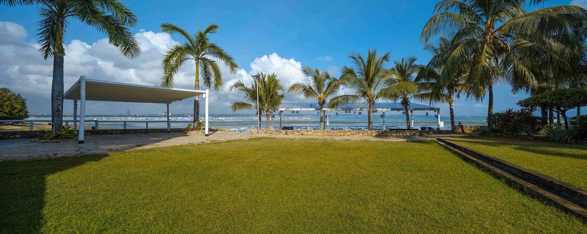 Best Western Coral Beach Hotel11
