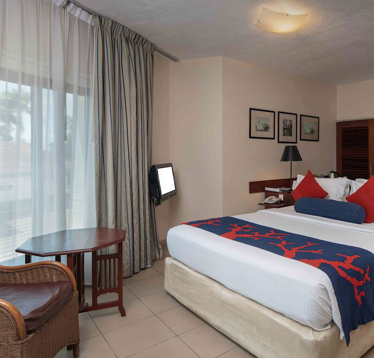 Deluxe King Room at Best Western Coral Beach Hotel